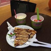 Photo taken at Mama Frozen Yogurt by YGQ 7. on 12/20/2014