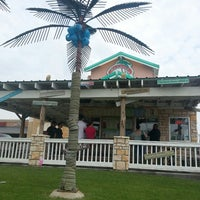 Photo taken at Bahama Bucks by 💟 Lina on 6/15/2013
