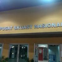 Photo taken at Pusat Skuasy Nasional Bukit Jalil by Jack T. on 8/7/2013
