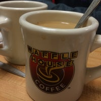 Photo taken at Waffle House by Jeffrey G. on 12/27/2014