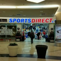 Photo taken at Sportsdirect.com by Milton H. on 10/7/2016