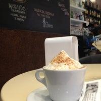 10/30/2012 tarihinde Tammyziyaretçi tarafından Café de Autor'de çekilen fotoğraf