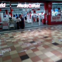 Photo taken at MediaWorld by Sergio M. on 7/24/2016