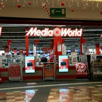 Photo taken at MediaWorld by Sergio M. on 1/15/2016