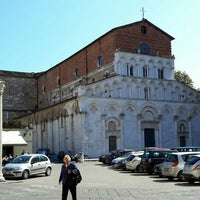 Photo taken at Piazza Santa Maria by Sergio M. on 3/26/2016