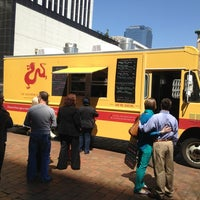 Photo taken at Southern Gourmasian Food Truck by Barnabas P. on 4/5/2013