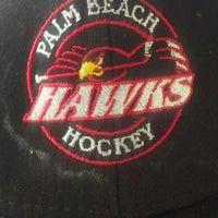 Photo prise au Palm Beach Skate & Ice Zone par Steven H. le9/2/2013