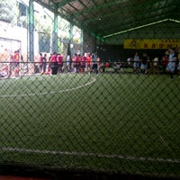 Photo taken at Grand Futsal Kuningan by kartika p. on 10/7/2012