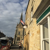 Photo taken at Stow-on-the-Wold by Carmem D. on 10/11/2016