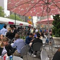 Foto scattata a Mad. Square Eats da SizzleMel il 5/14/2018