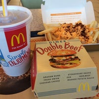 Photo taken at McDonald's by スザネ エ. on 1/16/2014