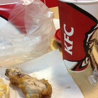 Photo taken at KFC by Cesberry ☀ . on 11/25/2012