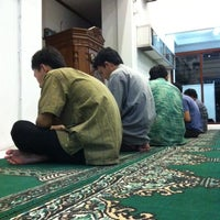 Photo taken at Masjid Al-Muhajirin by masbuy  on 4/19/2014