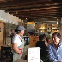 Foto tomada en La Brioche Cafe por Fausto T. el 9/11/2017