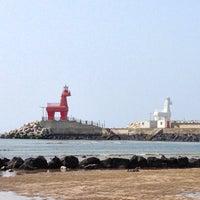Photo taken at Iho Taewu Beach by bawoo on 6/4/2013