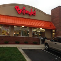 Photo taken at Bojangles' Famous Chicken 'n Biscuits by Jimmy C. on 10/1/2012