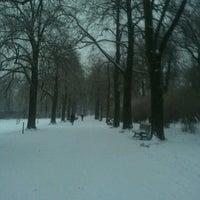 Foto tomada en Schillerpark por Pinar S. el 1/27/2013
