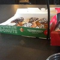 Photo taken at Dunkin' Donuts/Baskin Robbins by Epiphany B. on 2/14/2013