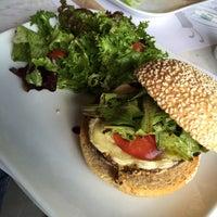 Photo taken at Juliette Gourmet by Maxz R. on 8/31/2015