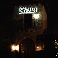 Foto scattata a Siena Ristorante Toscana da Joe R. il 11/15/2013