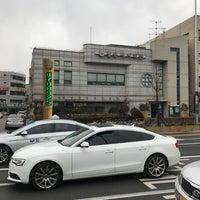 Photo taken at 길동자치회관 by Simon J. on 12/26/2016