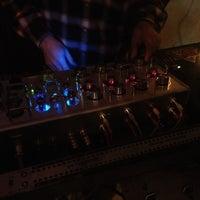 11/16/2012 tarihinde leapgraphziyaretçi tarafından bar bonobo'de çekilen fotoğraf