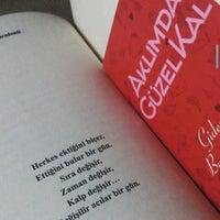 Photo taken at Soğukkuyu Mezarlığı by Mavice💙 on 12/8/2015