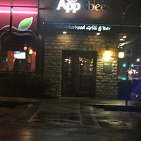 Photo taken at Applebee's Grill + Bar by Ali A. on 1/4/2017