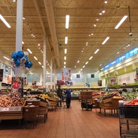 Photo taken at Loblaws by Choorocca on 3/18/2016