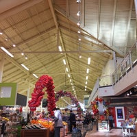 Photo taken at Loblaws by Choorocca on 2/6/2016