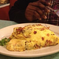 Photo taken at Sugar N' Spice by Krystle S. on 12/7/2012