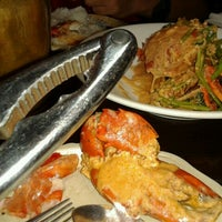 Photo taken at The Red Crab Alimango House by Leiny on 9/15/2012