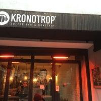 2/9/2015 tarihinde Aleksandru K.ziyaretçi tarafından Kronotrop'de çekilen fotoğraf