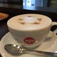 Photo taken at CAFE PASCUCCI 京都三条店 by Yasuo O. on 11/16/2014
