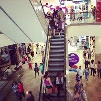 Foto tomada en Mall Plaza Alameda por Ismael P. el 12/1/2012