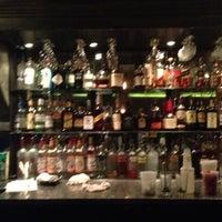 11/15/2012 tarihinde Charlieziyaretçi tarafından The Hornet Restaurant'de çekilen fotoğraf