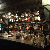 11/2/2012 tarihinde Charlieziyaretçi tarafından The Hornet Restaurant'de çekilen fotoğraf
