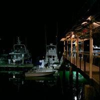 Foto tirada no(a) Banana Bay Marina (Bahía Banano, S.A.) por Marco V. em 1/15/2013