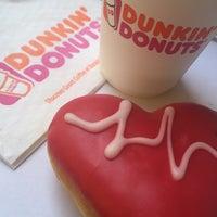Das Foto wurde bei Dunkin' Donuts von Eli A. am 6/5/2016 aufgenommen