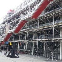 Photo taken at Pompidou Centre – National Museum of Modern Art by Youngseung O. on 6/23/2013