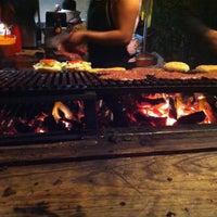 Foto tomada en Rocking Burgers por Angélica C. el 11/17/2013
