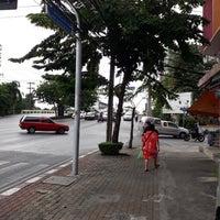Photo taken at Dao Khanong Junction by Ratsadakorn on 9/28/2018