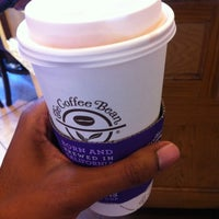 Photo taken at The Coffee Bean & Tea Leaf by Kerry A. on 10/30/2012
