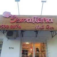 Das Foto wurde bei Esmalteria Nail Bar von Claudia S. am 12/11/2012 aufgenommen