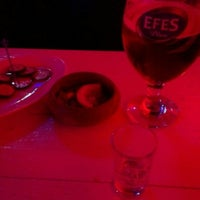Photo taken at Kırmızı Lounge Bar by Berker Ş. on 3/18/2015