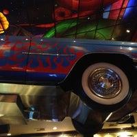 Снимок сделан в Hard Rock Cafe Houston пользователем Craig P. 5/26/2013
