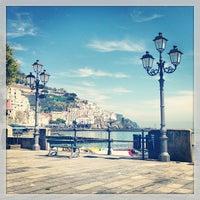 Foto scattata a Amalfi da Romeing R. il 4/12/2013