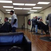 Das Foto wurde bei Piedmont Barbers von Dan O. am 2/11/2014 aufgenommen