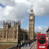 Photo taken at Westminster Bridge by Ari_sha on 5/9/2013