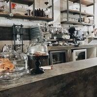 Foto scattata a mimo CAFÉ BUENO da Diana R. il 8/31/2018